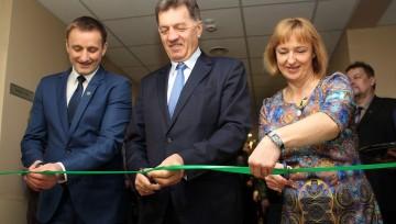 Premjeras Šiauliuose atidarė naujus globos namus